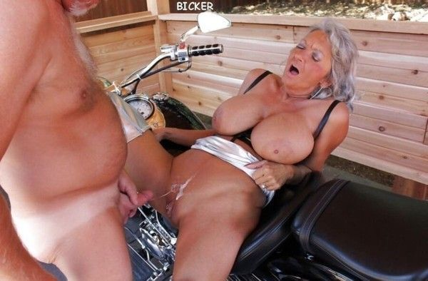 would like meet Crazy mature orgasm looking for